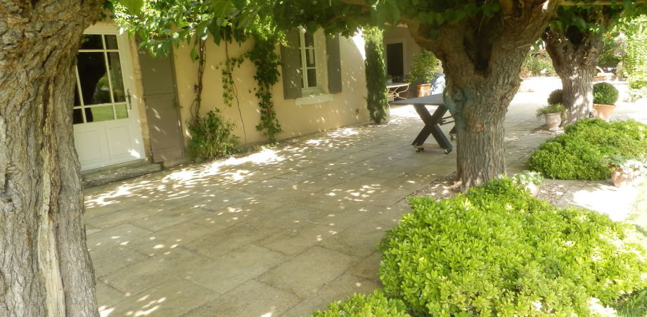Rénovation de sol en pierre Nimes Montpellier - Pro-Ponçage